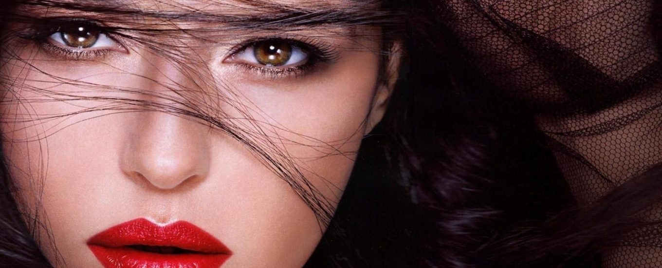 Monica-Bellucci-Red-Lips-Images